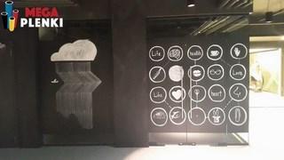 Разработка индивидуального дизайна с помощью меловых или маркерных обоев